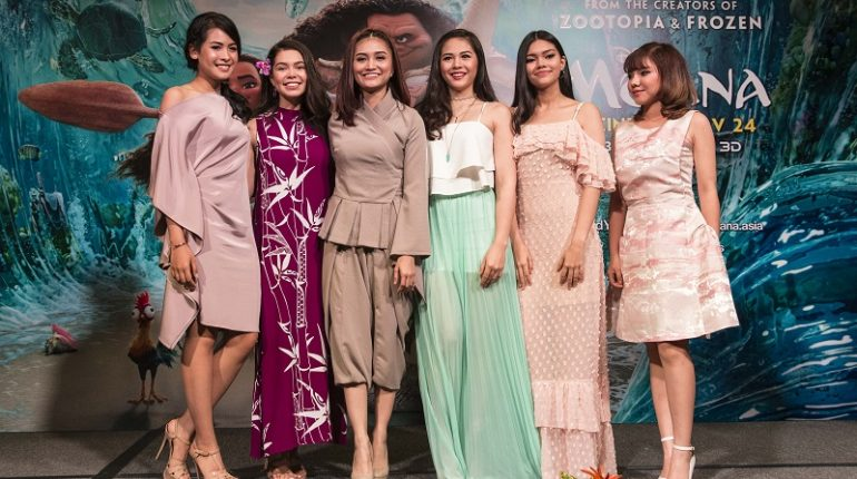 SINGAPORE – NOV 8: Moana Press Conference. Actress Auli'I Cravalho (voice of Moana), Southeast Asian singers - Maudy Ayunda (Indonesia), Ayda Jebat (Malaysia), Janella Salvador (Philippines), Myra Molloy (Thailand), Minh Nhu (Vietnam).